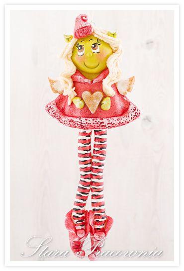Aniołek z masy solnej, salt dough angel, Grinch;-) www.facebook.com/starapracowniaKilka świątecznych ozdób :-)