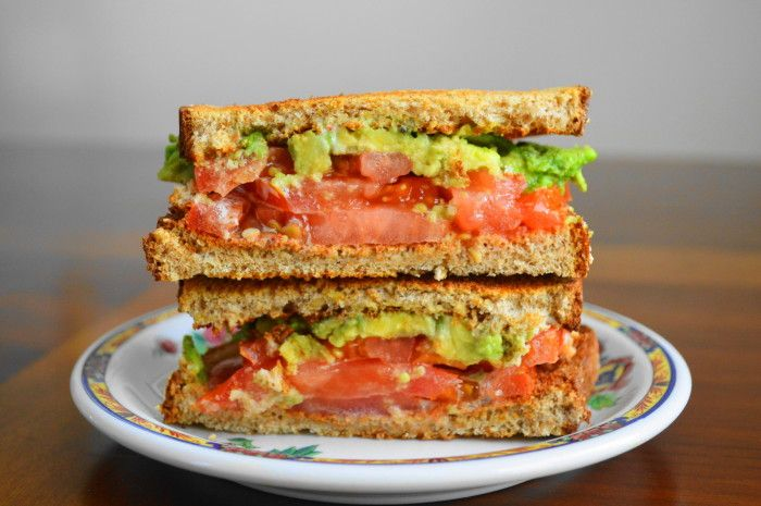 A tomato avocado ranch sandwich is such an easy and yummy way to celebrate fresh summer tomatoes! The flavors are a match made in heaven.