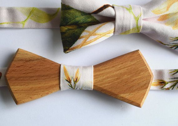Botanical Wooden bow tie Unisex bow tie Hand made by terezavarga