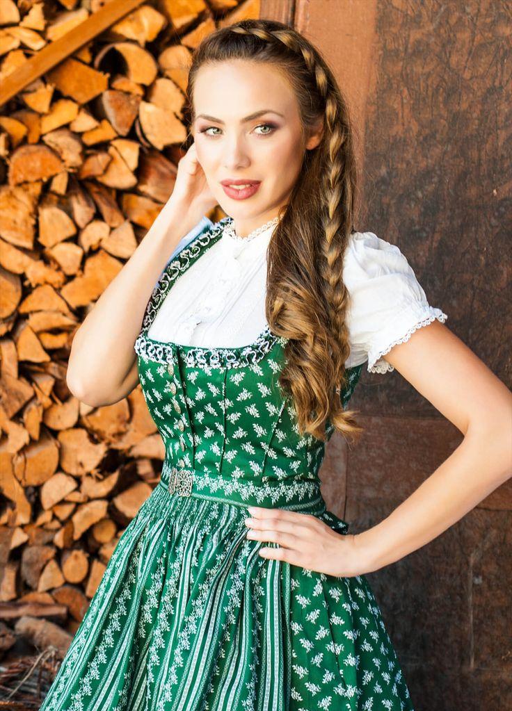 """Traditionelles Country Line Dirndl """"Mathilde"""" mit Schößchen in Grün-Weiß - Bestellen Sie Ihr Country Line Dirndl günstig, versandkostenfrei & auf Rechnung online!"""