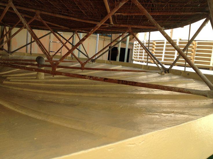 Recubrimiento en fibra de vidrio de charola de torre de enfriamiento para hotel en Riviera Maya, Mexico.