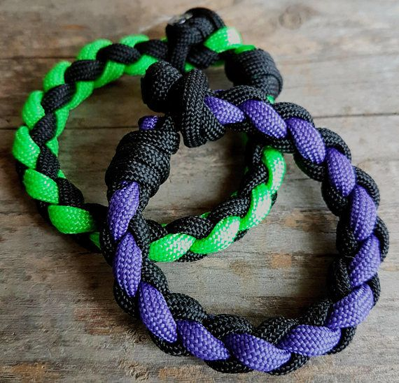 4 Strand Round Braid Paracord Bracelet with Mad Max Closure