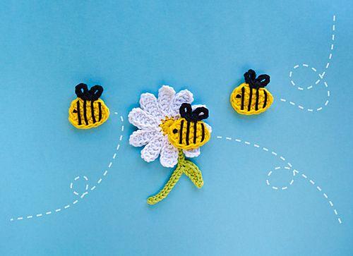 Ravelry: Bee and Flower pattern by Carolina Guzman