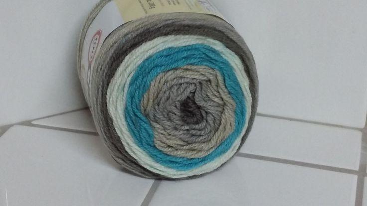 Caron cakes brand yarn cake pop 71 oz 200 g 383