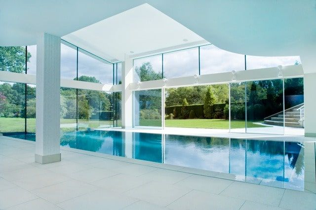Condensation On Structural Glass Iq Technical In 2020 Pool House Designs Pool House Minimal Windows