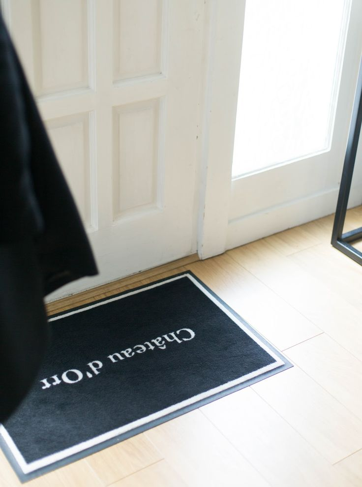 halls, hall make-over, entryway, hall décor, elegant décor, minimalistic décor, personalised door mat, door mat, door mat design