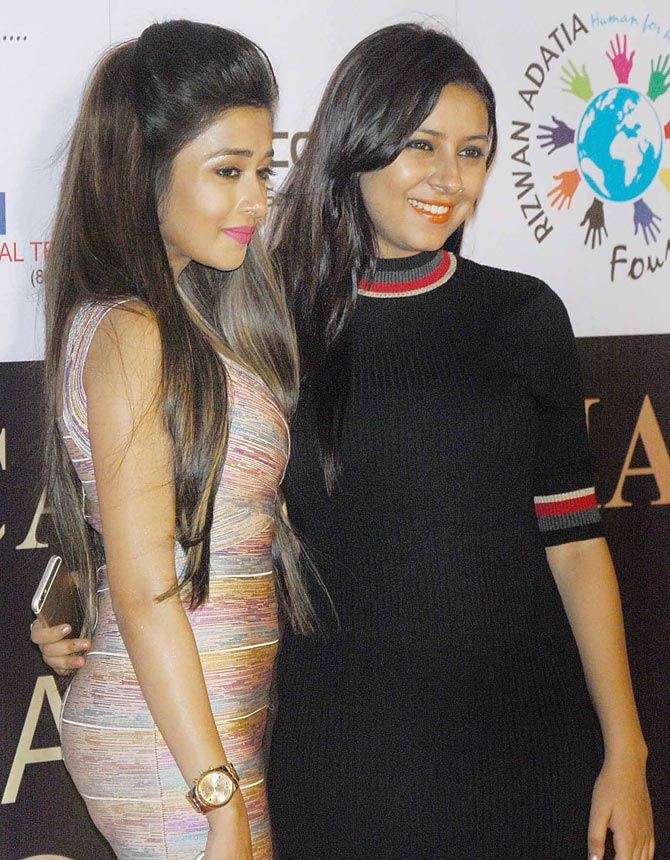 Tina Dutta and Pratyusha Banerjee at an awards show. #Bollywood #Fashion #Style #Beauty #Hot #Sexy