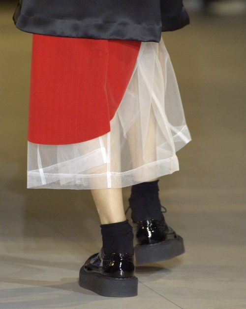 Rei Kawakubo/Comme des Garcons spring/summer 2007 - HUGE red DOT on tulle