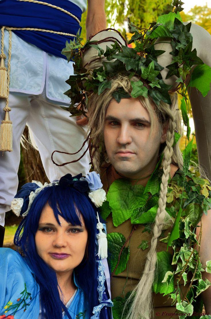 Idiul and Iker'undos from Leodhrae www.aurorafilippi.com Photo by: Francesca Solari https://www.facebook.com/Francesca-Solari-Photography-454269394624161/ Location: Parco Giardino Sigurtà (Italy) #leodhrae #fantasy #costume #cosplay #book #novel #god #gods #goddess #earth #water
