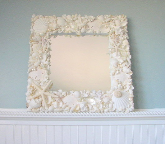 Seashell mirror beach decor shell mirror nautical decor for Cool beach decor