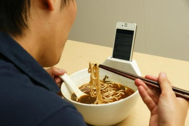 This is unreal... Ramen bowl-Smartphone dock