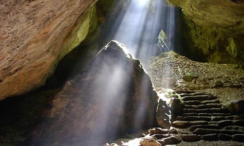 Zechstein-Karstlandschaft Südharz mit Einhornhöhle und Rhumequelle