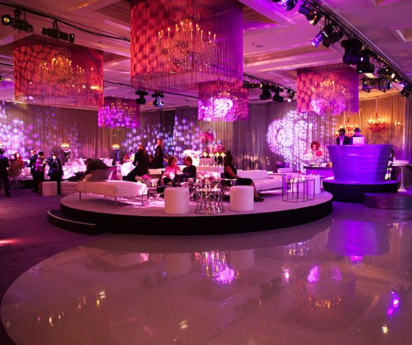 Oprah 39 s 25th anniversary show party pink decorations for 25th birthday party decoration ideas
