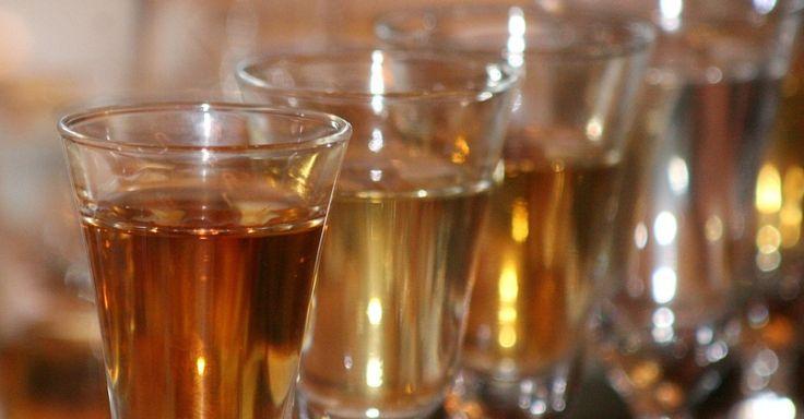 Cerveja, fogos e ingressos: veja os impostos cobrados em produtos da Copa - noticias - UOL Economia cachaça