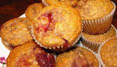 Muffins au yogourt, framboises et fraises changement : 1/4 de tasse dhuile 1/4 compote de pomme 1/2 tasse de cassonade