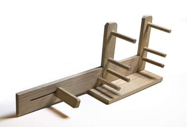 How to make your own inkle loom. Step by step with lots of pictures.
