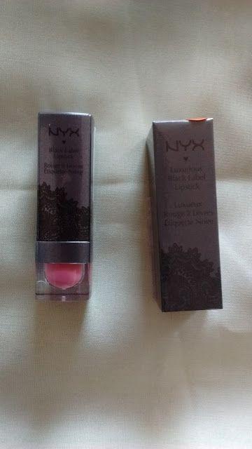 Maquiagem de óculos: Batom Black Label Lipstick, NYX Cosméticos