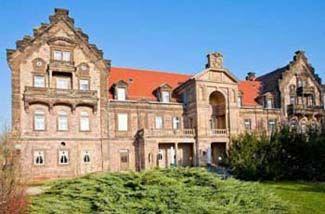 Schlosshotel Himmelsscheibe, Nebra  - built in 1250  - offers 20 cozy rooms  - restaurant and bar