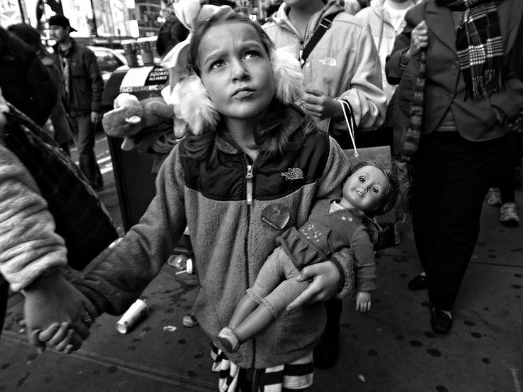 Zun Lee - Photographer - Street Scenes
