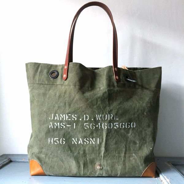 60's US ARMY Olive Drab canvas remake tote bag. Good vintage condition.  IND_BNP_00127 W56cm H38cm D16cm Handle53cm