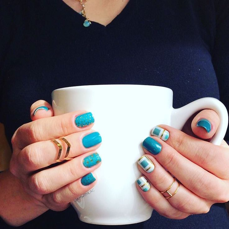 I love this look!!! Sometimes you just can't choose so you go with two manis ;). Which do you prefer?