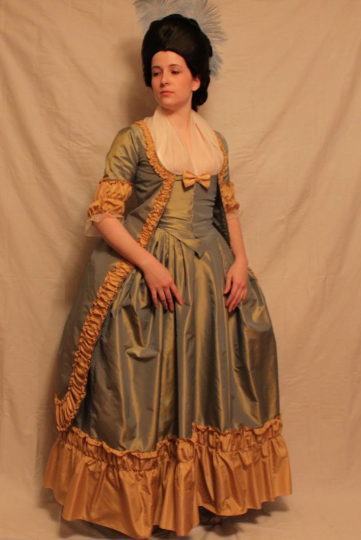 Diary of a Mantua Maker: Robe a la Polonaise
