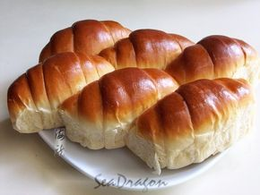 Overnight Soft Buns  http://cornercafe.wordpress.com/2012/04/20/overnight-soft-bun-dough-16-hour-poolish-version/