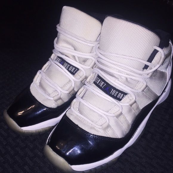 Air Jordan 11 concords Great condition..need gone asap. Will negotiate prices Jordan Shoes Sneakers