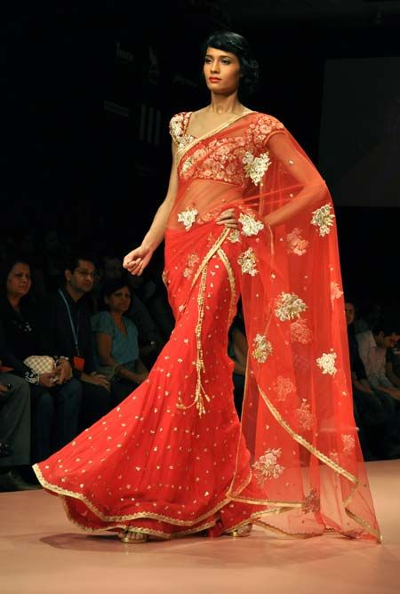 Gorgeous lehenga saree for the reception by Bhairavi Jaikishan!