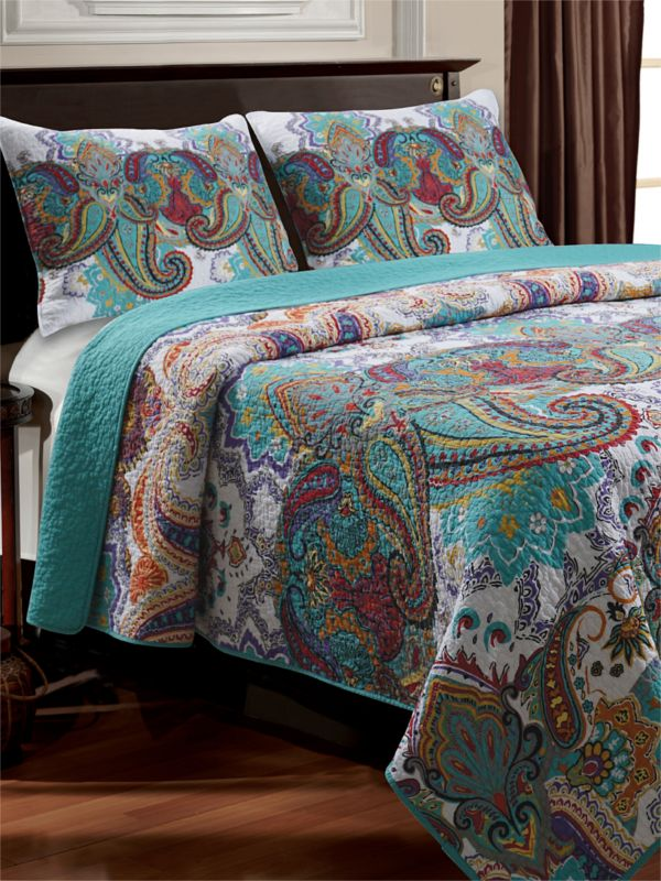 Cute & cozy quilts for Fall on zulily now!