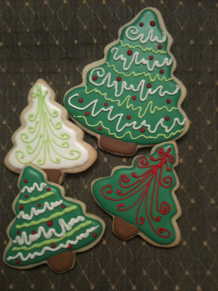 Cute cookie decorating idea for Christmas trees