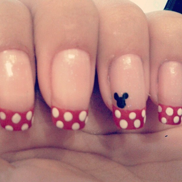 mickey mouse nails beauty