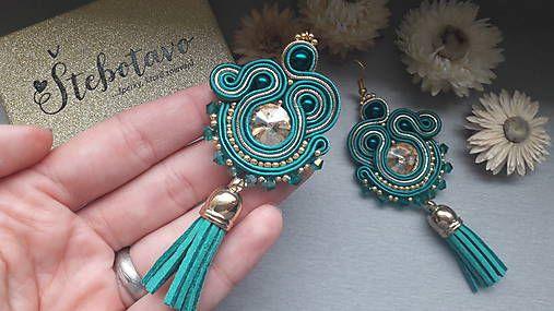stebotavo / emerald tassel - šité šujtášové náušnice so strapcami  #nausnice #earrings #slovenskydizajn #handmadepodnikanie #handmade #fashion