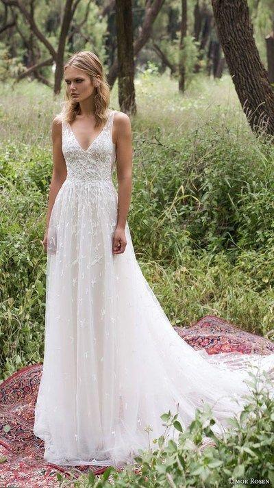 Spaghetti Straps V-Neck Tulle Wedding Dress,Elegant Bridal Dress with Long Train…