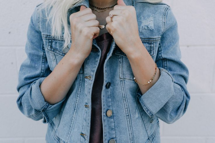 SWEATER | SHORTS | BOOTIES SILK SHIRT | SHORTS | SUNGLASSES  DENIM JACKET | BRACELET | CHOKER T SHIRT IN BLACK, GREY, WHITE  Hi guys! Today I wanted to share…