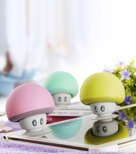 Achetez l'enceinte bluetooth et waterproof champignon sur lavantgardiste et écoutez votre musique partout où vous le souhaitez.