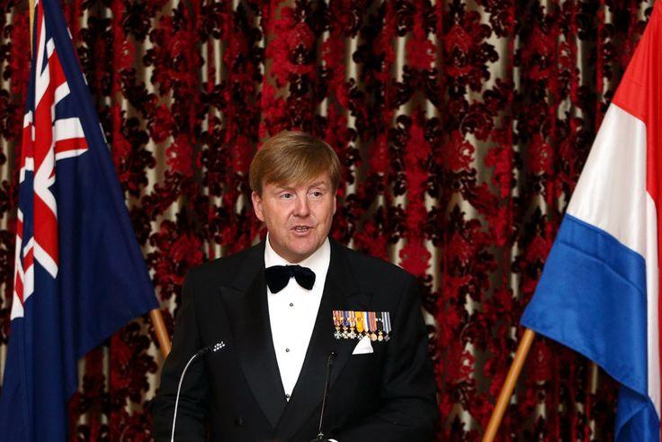 Lundi 7 novembre 2016, le Ro Willem-Alexander et la Reine Maxima ont assisté au dîner d'État offert par le gouverneur général au siège du gouvernement à Wellington.  King...