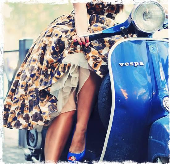 Vespa, aventura y diseño per la bella donna
