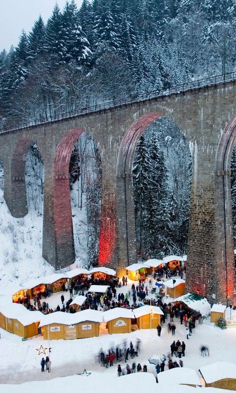 The 10 Best German #Christmas Markets. #Germany #travel #wanderlust