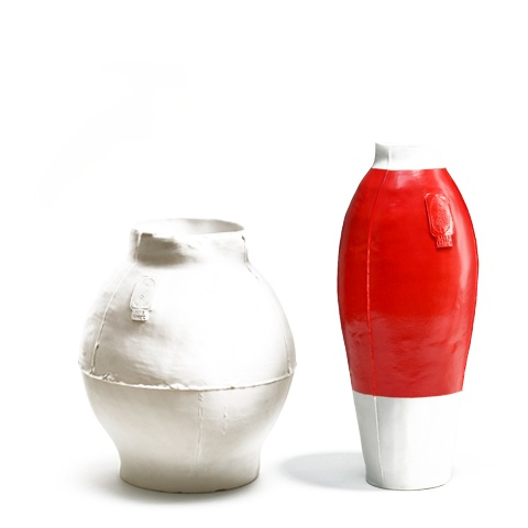 Big White Pot and Red White Vase Year: 1997 Commission: Initiated by the designer Production: Royal Tichelaar Makkum Category: Unlimited production