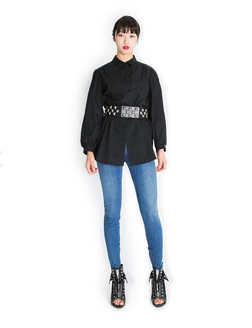 SHIRRING BLOUSE http://arcloset.com/product_view.php?gs_idx=TO130153BL