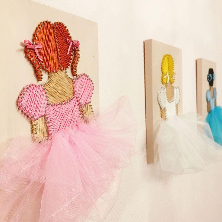 Купить или заказать Балеринка, картины в стиле Стринг-арт в интернет магазине на Ярмарке Мастеров. С доставкой по России и СНГ. Материалы: сосна, хлопковая нить, гвоздики. Размер: 26х18 см
