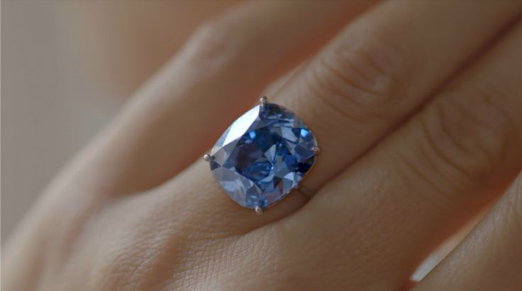 Blue Moon Diamond Expected to Break Auction Records