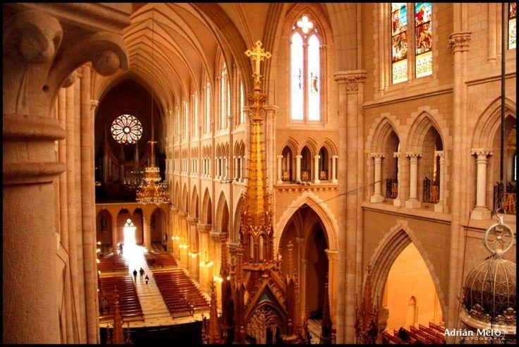 Interior de la Basílica de Luján, prov. de Buenos Aires Argentina, por Adrian Melo