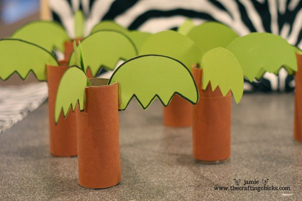 sm chicka boom mini trees- could use pringle cans and foam for the leaves. Letters could be stored in the can.