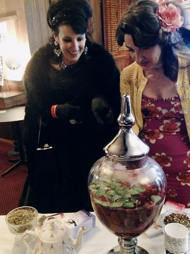 Getting glamourous sampling #tea at @madameflavour's tea lounge at #10yearsofyelp hosted by Yelp Melbourne at The Kelvin Club #kettleon
