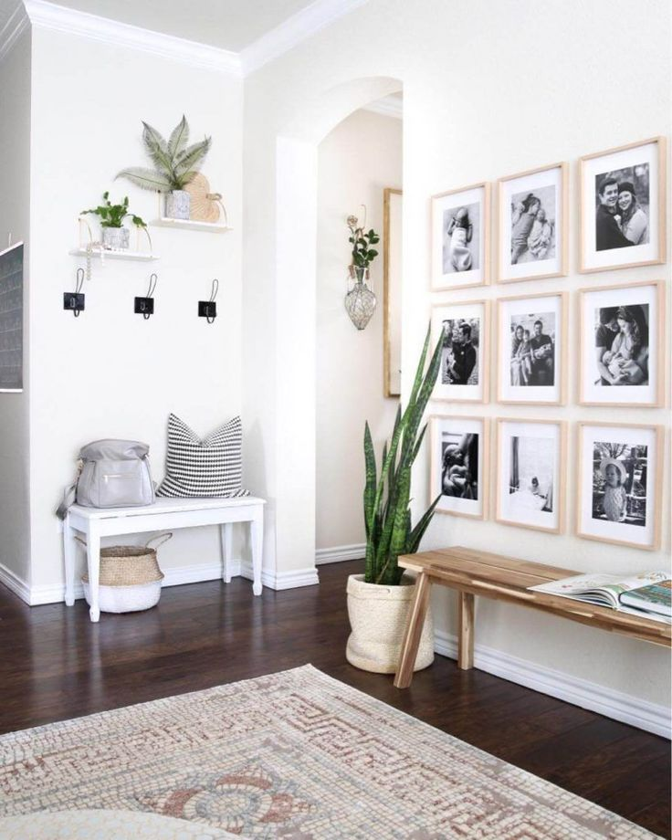 17 Wonderful Entryway Wall Decor Concepts to Create Memorable First Impression T #amazing #create #decor #entryway #first #ideas #memorable