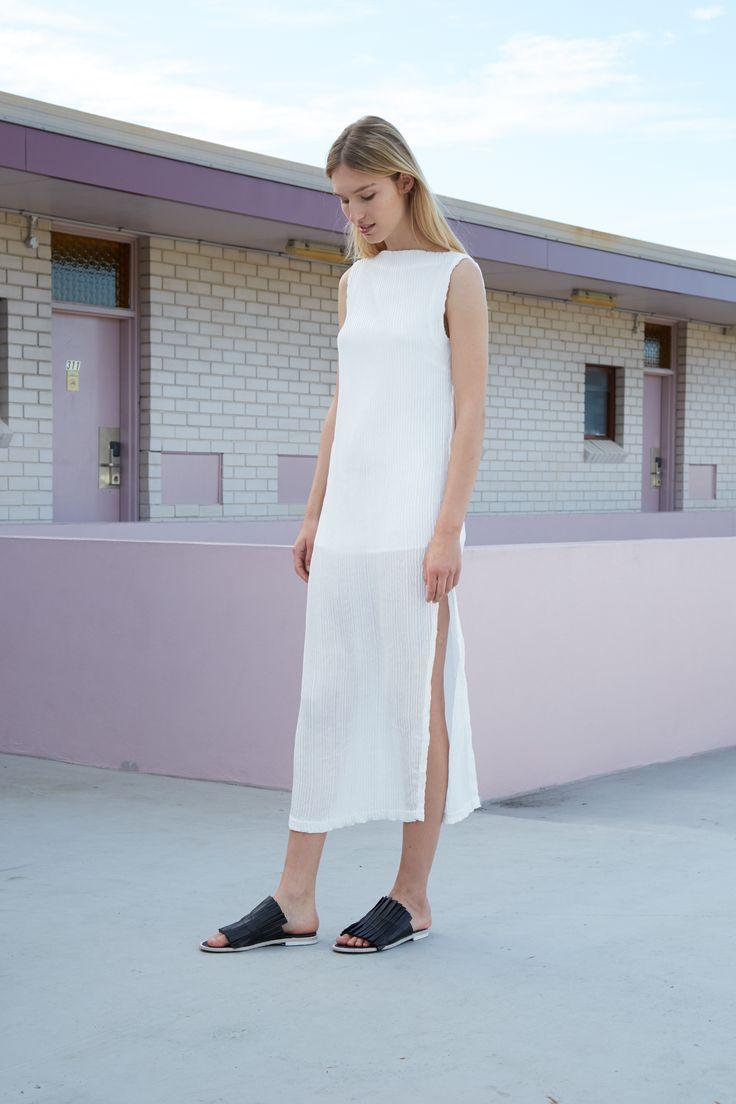 THIRD FORM RESORT 16 COLLECTION | RIP TIDE MAXI DRESS #thirdform #fashion #streetstyle #minimalism #chic #trend #dress #white