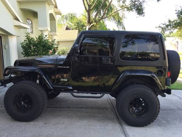 2002 Jeep Wrangler 4x4 4.0 inline 6, 5 speed.