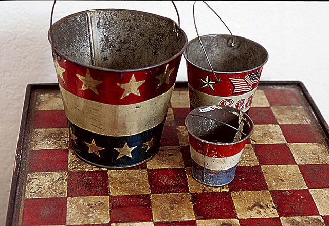 Vintage Sand Pails & Gameboard: Red White Blu, Vintage Americana, Vintage Sands, Prim Americana, Americana Red, Americana Pail, Checkered Boards, 4Thofjuly Memorialday, Sands Pail
